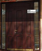 Входная двухстворчатая дверь со стеклом