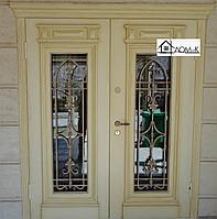 Дверь входная с ковкой и стеклопакетом на заказ
