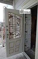 Дверь входная с ковкой и стеклом на заказ в Алматы