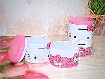 Копилка жестяная круглая двойная 12*9 см Hello Kitty в ассортименте