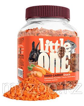 Little one Сушенная морковь 200 гр.  Лакомство для всех видов грызунов 