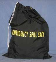 Набор  SPILL KIT в черном мешке, впитывает до 26L/7Gal разлива масла