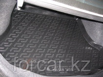 Коврик в багажник Nissan Tiida sedan (07-) (полимерный) L.Locker