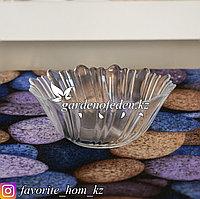 Салатник стеклянный с декором. Материал: Стекло. Цвет: Полупрозрачный.
