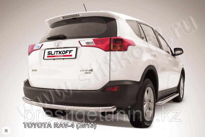 Защита заднего бампера d57 радиусная Toyota RAV4 2013-15