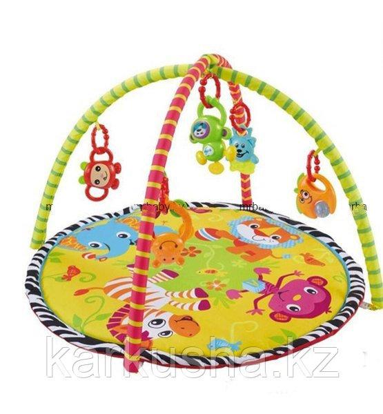 Развивающий коврик с пластиковыми игрушками