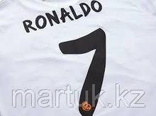 Нанесение номеров и имен на футболки