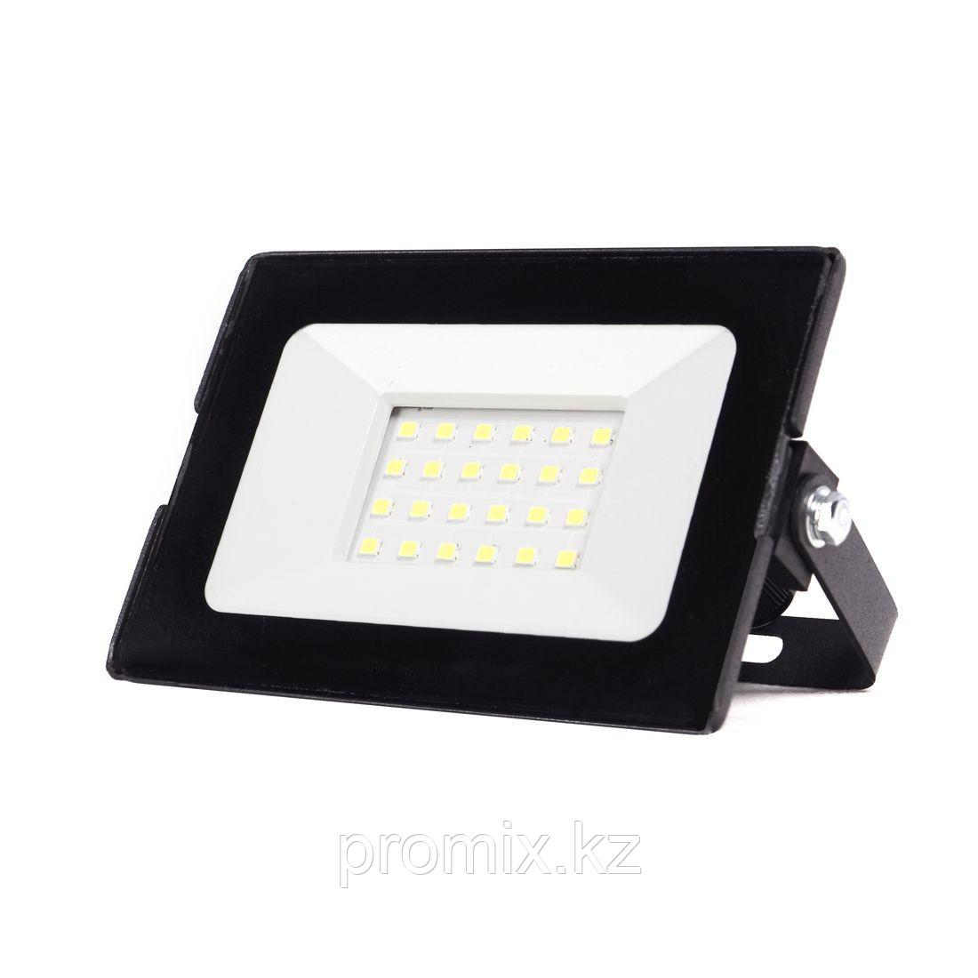 Прожектор LED SMD Ultraflash LFL-2001 C02 (20Вт., 6500К)