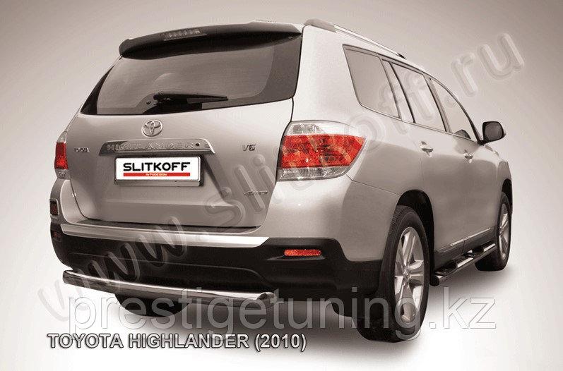 Защита заднего бампера d76 радиусная Toyota Highlander 2011-13