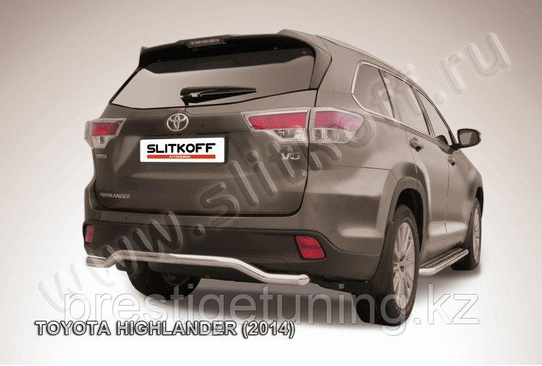 """Защита заднего бампера d57 """"волна"""" Toyota Highlander 2014-17"""