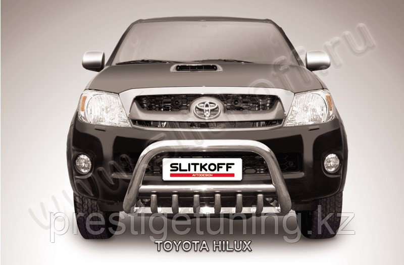 Кенгурятник d57 низкий с защитой картера Toyota Hilux 2005-11