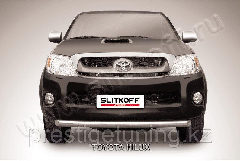 Защита переднего бампера d57 радиусная Toyota Hilux 2005-11