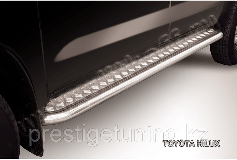 Защита порогов d57 с листом Toyota Hilux 2005-11
