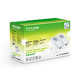 TP-Link TL-PA4010PKIT AV500 Комплект адаптеров Powerline со встроенной электророзеткой, фото 2
