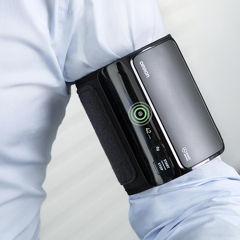ТОНОМЕТР OMRON EVOLV (манжета Intelli Wrap 22-42 см) автоматический на плечо - фото 6