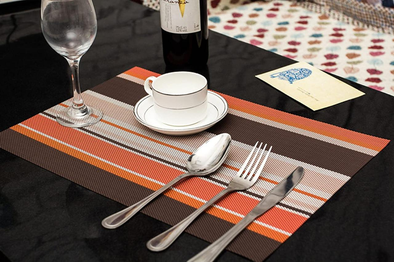 Комплект из 4-х сервировочных ковриков, цвет оранжевый
