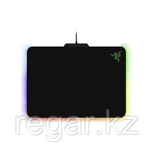 Коврик для компьютерной мыши Razer Firefly Cloth