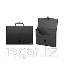 Портфель пластиковый ErichKrause® Classic, A4, черный