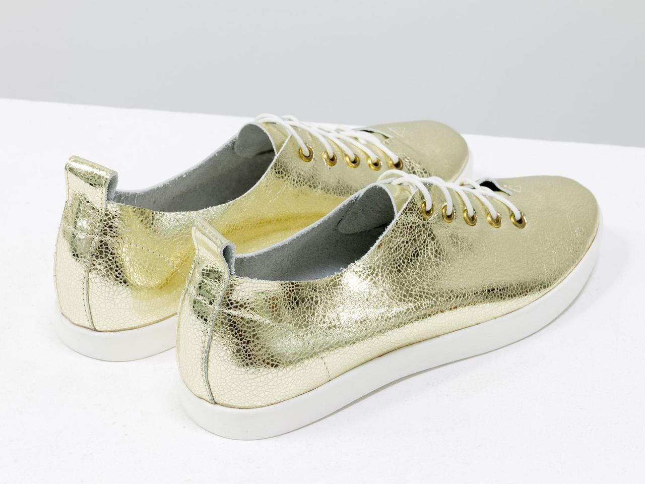 Невероятно легкие туфли-кеды из натуральной кожи золотого цвета на яркой белой подошве - фото 6