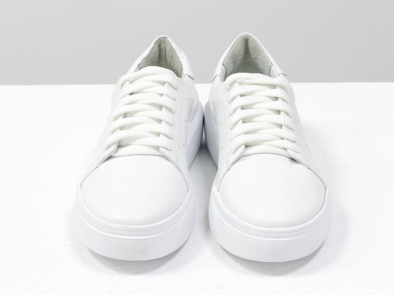 Кожаные белые кеды из натуральной итальянской кожи, с перфорацией по бокам - фото 6