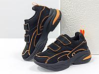 Яркие неоновые кроссовки на липучках из натуральной бархатной кожи черного цвета