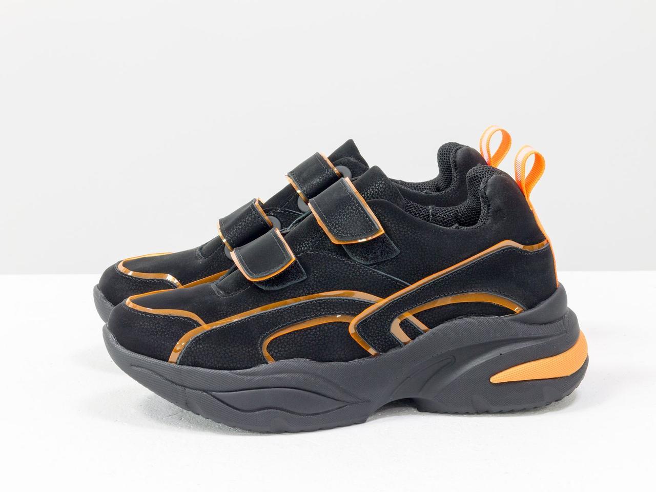 Яркие неоновые кроссовки на липучках из натуральной бархатной кожи черного цвета - фото 8