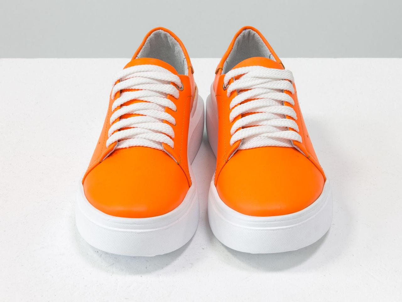 Невероятные неоновые кеды из натуральной матовой кожи ярко-оранжевого цвета - фото 4
