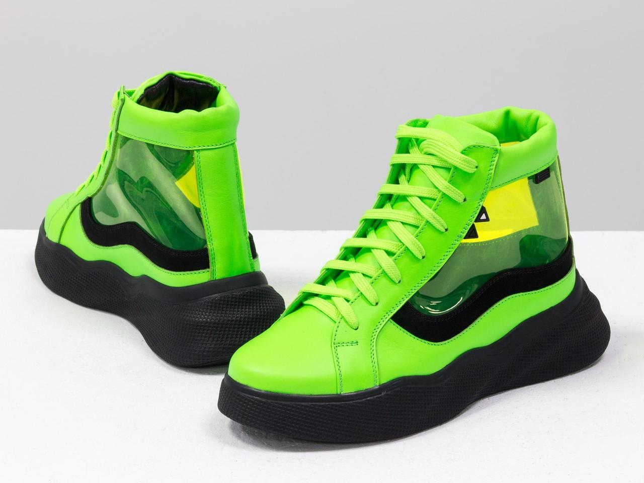 Дизайнерские прозрачные ботинки из натуральной неоновой кожи салатового и черного цвета - фото 1