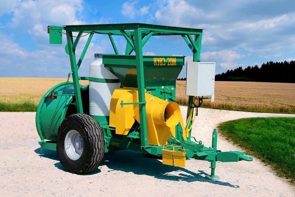 Измельчитель упаковщик влажного зерна ИУВЗ-20М