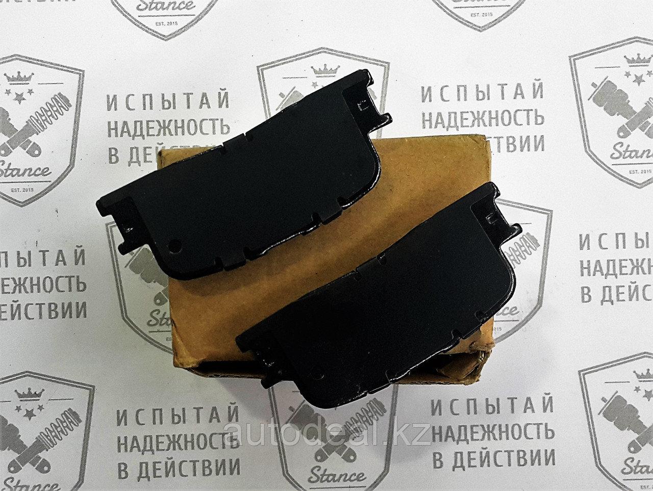 Колодки тормозные передние Geely X7 / Front brake pads