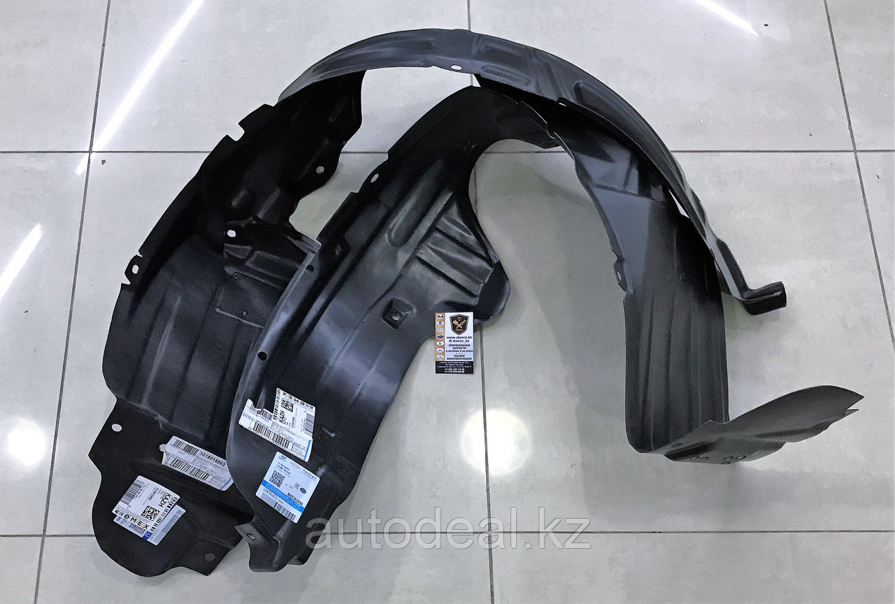 Подкрылок передний левый Geely X7 / Front wheel arch left side