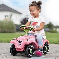 Детская машина-каталка: движение, развитие и развлечение