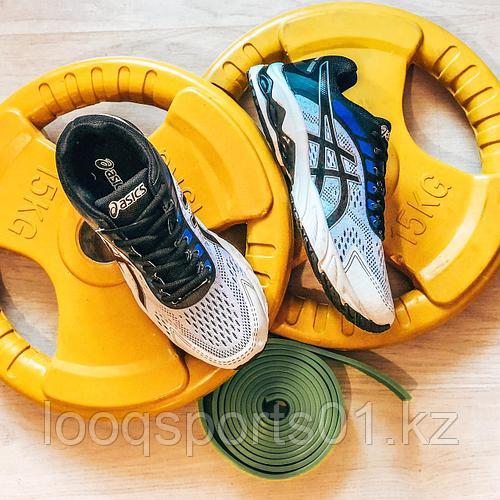 Мужские кроссовки Asics бел (01545)