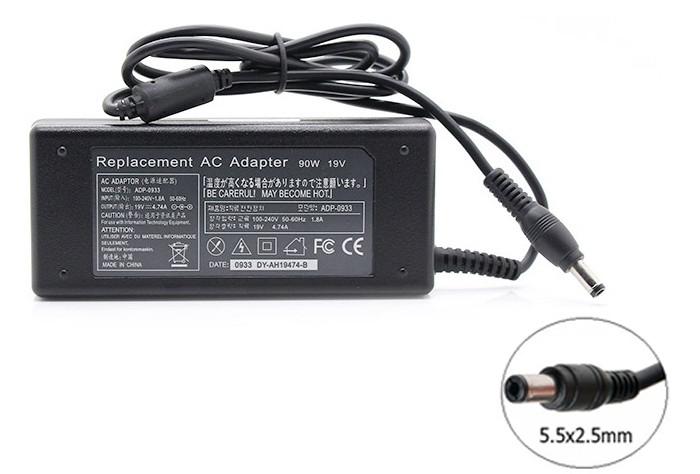 Зарядка (сетевой адаптер) для ноутбука Toshiba 19V 4.74A 90W 5.5х2.5mm