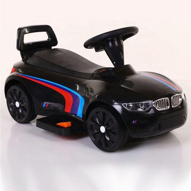 Электро толокар BMW  черный