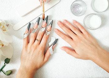Материал для наращивания ногтей