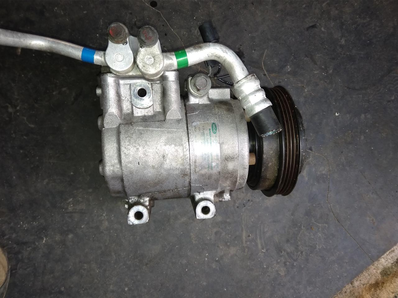 Компрессор кондиционера Hyundai Trajet, G4GC 2.0