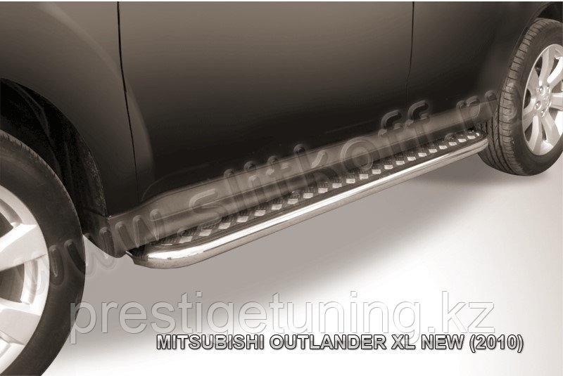 Защита порогов d42 с листом Mitsubishi Outlander XL