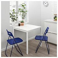 МЕЛЬТОРП / НИССЕ Стол и 2 складных стула, белый, темный сине-сиреневый, 75 см, фото 1
