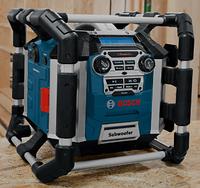 Bosch Зарядные устройства с радиоприемником GML 50