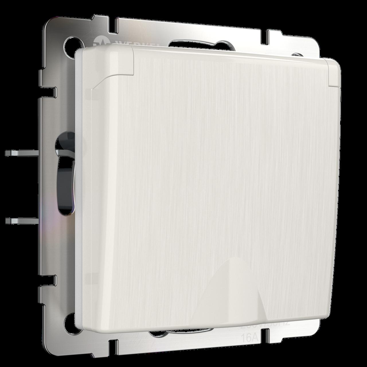 Розетка влагозащ. с зазем. с защит.крышкой и шторками /WL13-SKGSC-01-IP44 (перламутровый рифленый)