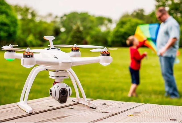 Квадрокоптеры, самолеты, вертолеты и катеры на радиоуправлении
