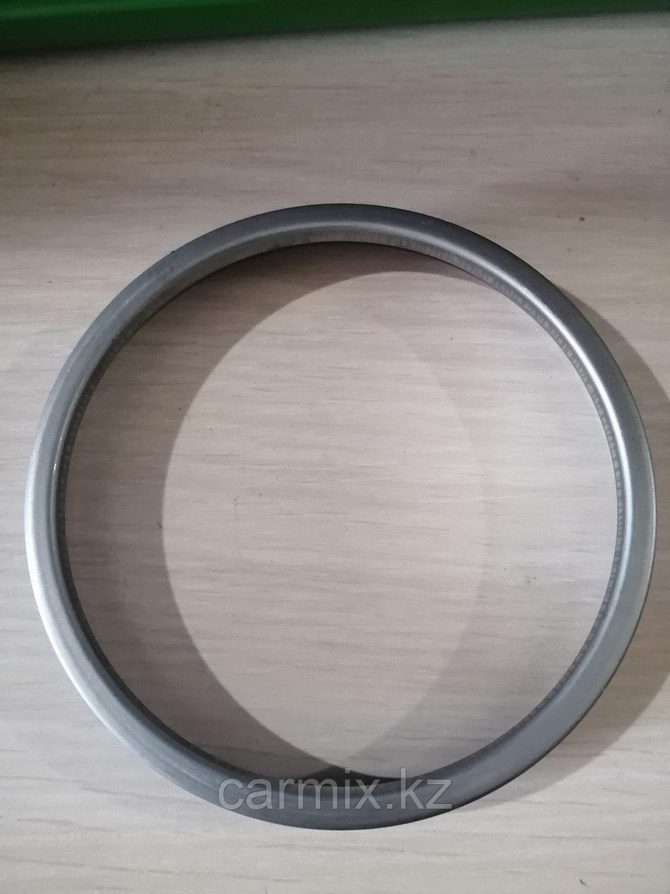 Дефлектор (кольцо) задней ступицы PREVIA 1990-1993, HIACE 1998-2006