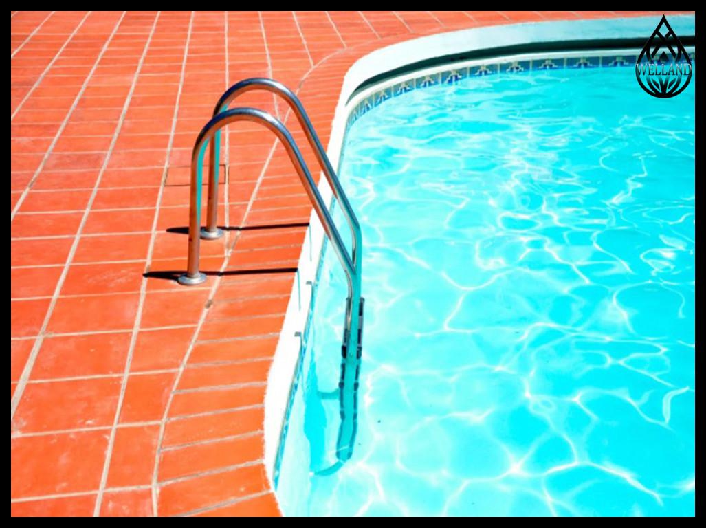 Лестницы Emaux для бассейна