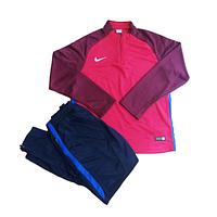 Тренировочный футбольный костюм Nike Aeroswift