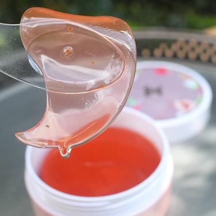 Гидрогелевые патчи с экстрактом цветков гибискуса (китайской розы)Jayjun Roselle Tea Eye Gel Patch (60шт.), фото 2