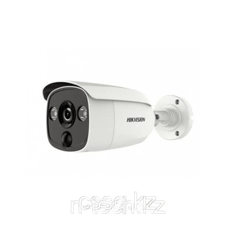 Hikvision DS-2CE12D8T-PIRL (2,8 мм) +DS-1H18  HDTVI 1080P ИК уличная видеокамера (PIR) Комплект
