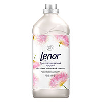 Кондиционер для белья Lenor Аромат, вдохновленный природой Цветение Шелковой Акации 910 мл