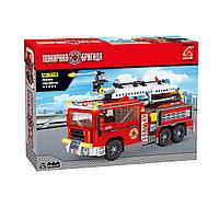 Игровой конструктор Ausini 21702 Пожарная бригада Большая пожарная машина 939 деталь Цветная коробка