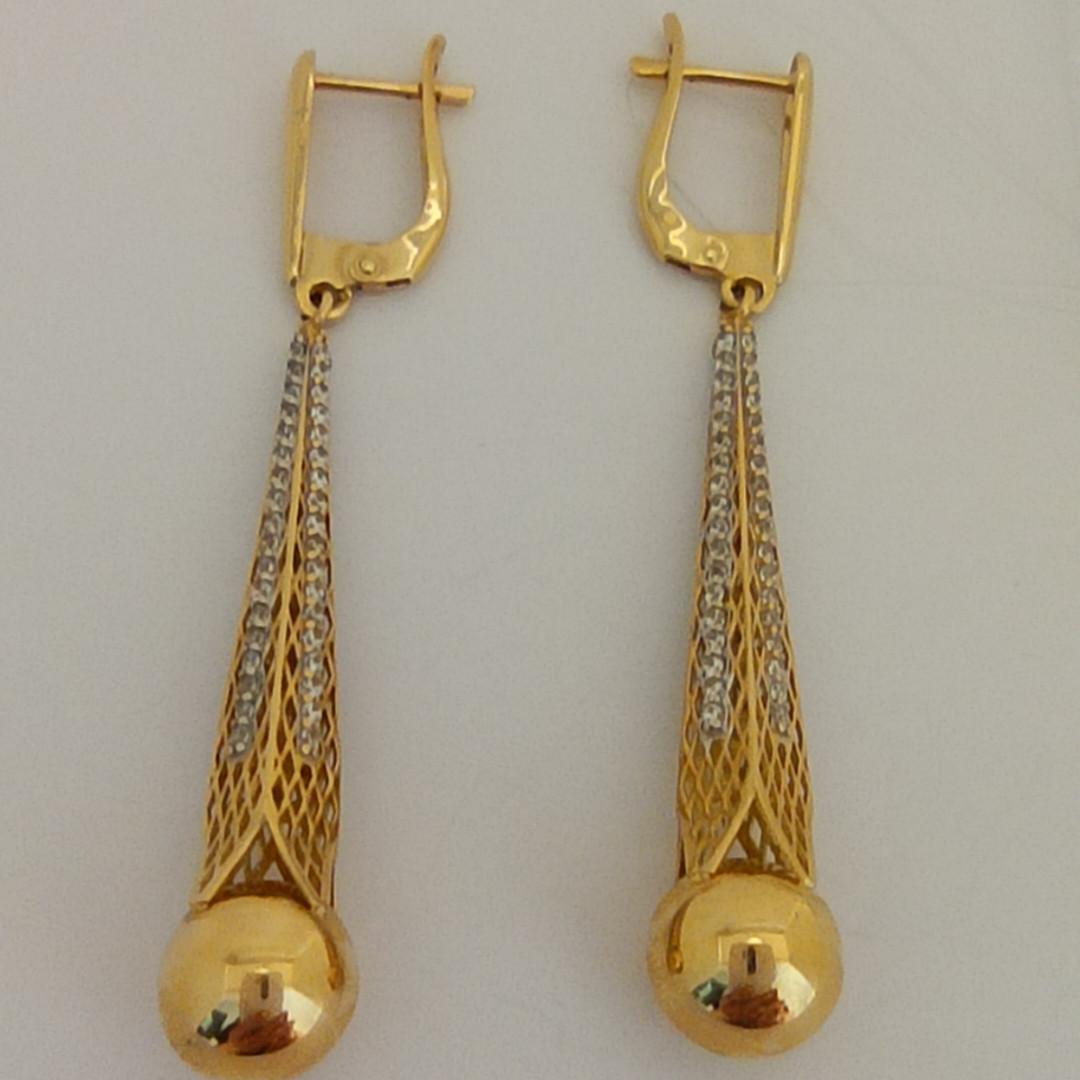 Золотые серьги с шаром